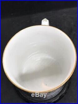 Very Fine Large Antique Chinese Qianlong Mandarin Famille Rose Mug Cup